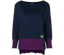 Gerippter Pullover mit Kontraststreifen