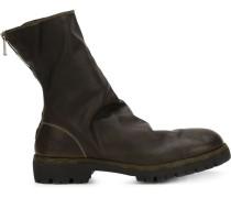 Stiefel mit Reißverschluss hinten
