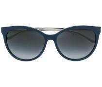Sonnenbrille mit schmalen Bügeln
