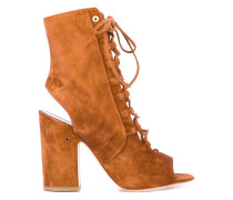'Nelly' Stiefel mit Cut-Out