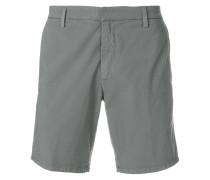 Chinos-Shorts