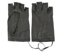 Handschuhe mit Lochstickmuster