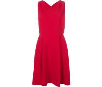 Ausgestelltes Kleid