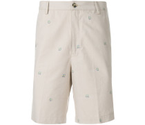 Chino-Shorts mit aufgesticktem Logo