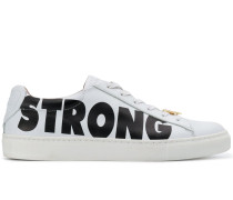 """Sneakers mit """"Strong""""-Print"""