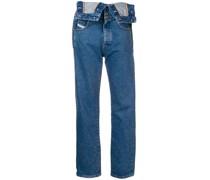 Jeans im Latzhosen-Look