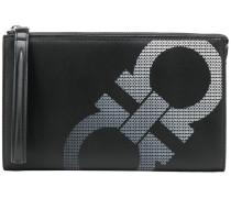 """Clutch mit """"Gancio""""-Logo"""
