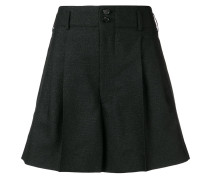 Weite Shorts mit Faltendetails