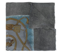Ausgeblichener Schal
