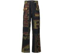 Jeans mit Wort-Print