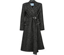 Coat with chevron motif