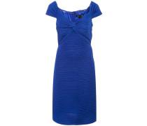 Geripptes Kleid mit hautenger Passform