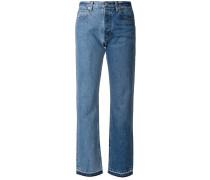 Jeans mit unbearbeitetem Kontrastsaum