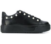 Flatform-Sneakers mit Nieten