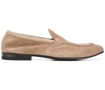Wildleder-Loafer mit mandelförmiger Kappe
