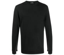Pullover mit asymmetrischen Ärmeln
