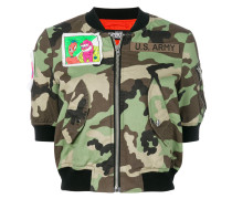 Cropped-Bomberjacke mit Camouflagemuster
