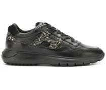 Sneakers mit Glitzereffekt