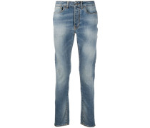 Halbhohe Distressed-Jeans