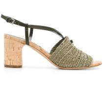 Sandalen mit Webmuster