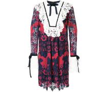 lace trim longsleeved dress