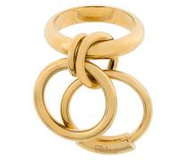 Ring mit angehängten Ringen