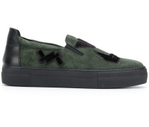 Slip-On-Sneakers mit Patches