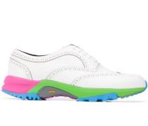 Oxford-Schuhe mit mehrfarbiger Sohle