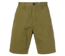 Shorts mit figurnaher Passform