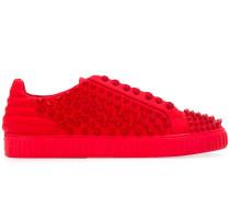 Sneakers mit Sternnieten