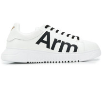 "Sneakers mit ""Arm""-Print"