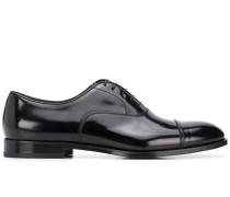Oxford-Schuhe mit Glanzoptik