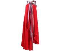 Ausgestelltes Neckholder-Kleid