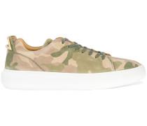 Klassische Camouflage-Sneakers