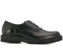 Derby-Schuhe mit Ringdetail