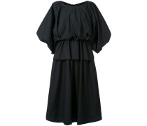 Kleid in Puffoptik