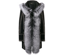'Amazing Fur' Mantel