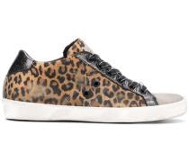 'Warchive' Sneakers