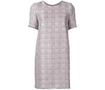 Kleid mit ausgefransten Kanten
