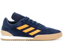 x Adidas Sneakers mit Streifen