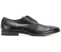 Klasssiche Derby-Schuhe