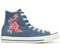 Sneakers im Denim-Look
