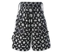 Shorts mit Monogramm-Print