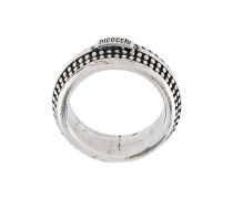 Strukturierter Silberring