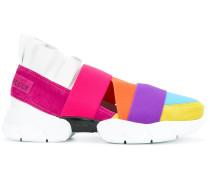 Sneakers mit bunten Riemen
