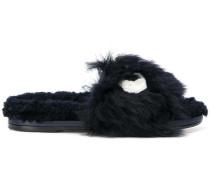 Sandalen mit Plüschbesatz