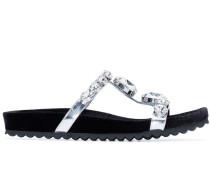 Sandalen mit Kristallriemen