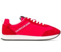 Sneakers mit weichen Einsätzen