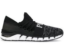 Sneakers mit Neopreneinsatz