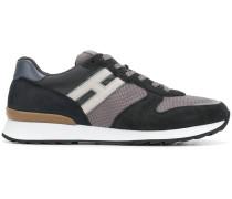 running R261 sneakers